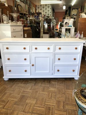 "Vintage dresser baby changing table dresser 66 x 19 x 34"" for Sale in La Mesa, CA"
