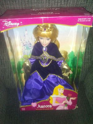 Disney Keepsake Porcelain Dolls for Sale in Tempe, AZ