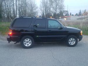 2003 GMC Yukon Denali 4x4 for Sale in Lakewood, WA