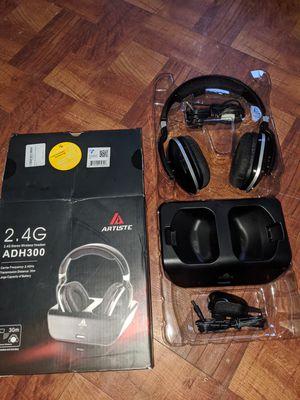 Artiste 2.4G stereo wireless headset for Sale in Houston, TX