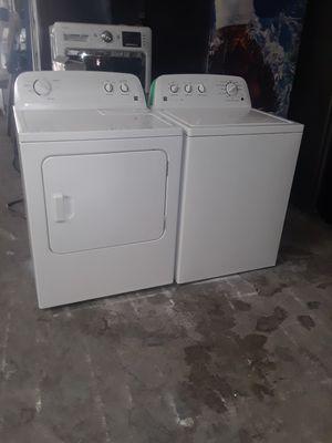 Washer and dryer electric Kenmore good condition 90 days warranty labadora y secadora electrica Kenmore buenas condiciones 90 dias de garantia for Sale in San Leandro, CA