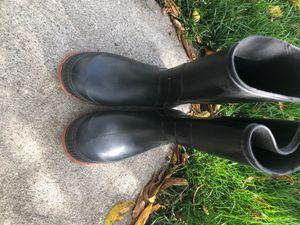 Kids rain boots size 2 for Sale in Garden City, MI