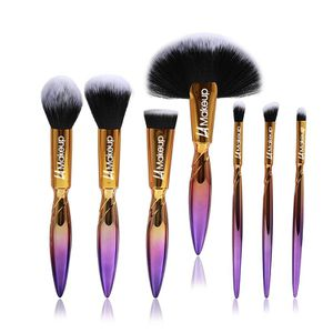 7 pcs unque makeup brush set professional cute brushes for Sale in Los Angeles, CA