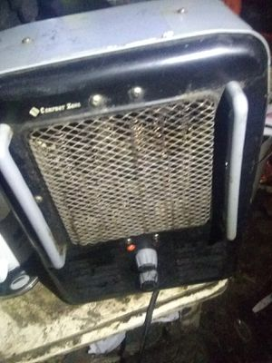 Heater, multiple settings, plenty of time to chase out the cold weather. for Sale in Brown City, MI