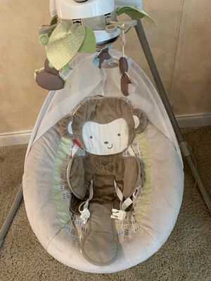 Fisher price baby swing for Sale in Issaquah, WA