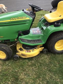 John Deere LX 280 Riding Mower for Sale in Oregon City,  OR