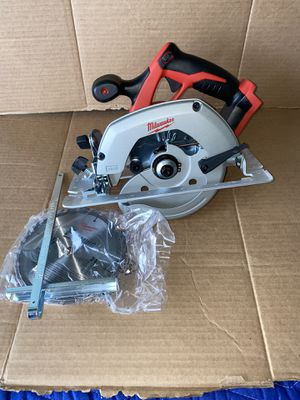 Milwaukee M18 18-Volt Lithium-Ion Cordless 6-1/2 in. Circular Saw (Tool-Only) New for Sale in Modesto, CA