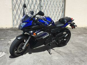 2013 YAMAHA FZ6R 12K MILES MOTORCYCLE CLEAN TITLE RUNS GREAT!!! OIL AND TIRES CHANGED RECENTLY ONLY $3500 for Sale in Fort Lauderdale, FL