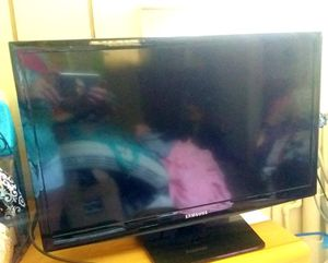 Samsung 35 inch with internet options for Sale in Columbia, VA