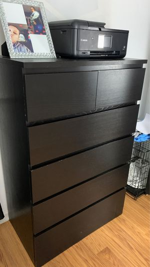 Black 6 draw dresser for Sale in Philadelphia, PA