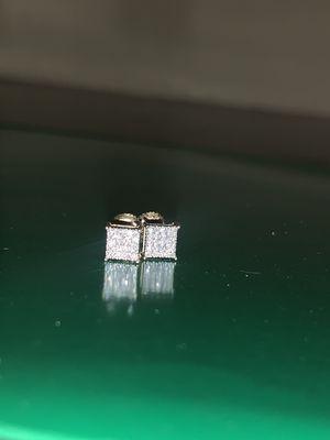 10k gold diamond earrings for Sale in San Antonio, TX