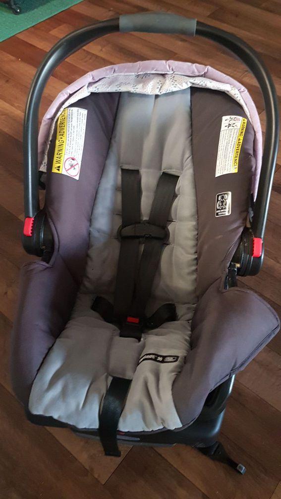 Baby car seat (rear facing)