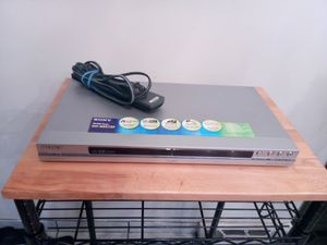 Sony Progressive Scan CD/DVD Player DVP-NS575P PRECISION DRIVE 3 / DVD+RW+R/-R PLAYBACK for Sale in Warren, MI