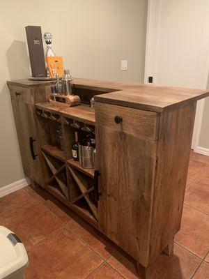 Bar & Stools Living spaces for Sale in Culver City, CA