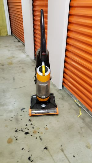 Bissell Upright Vacuum Cleaner for Sale in Orlando, FL