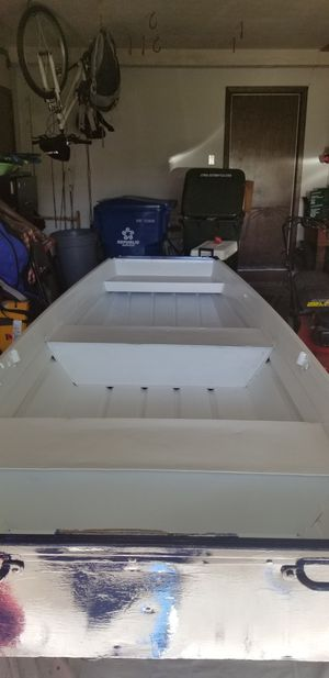 2006 John Boat. 10 Foot. 40 Hours sanding to bare aluminum. Primed 2 times, 3 coats of white amd Navy Blue for Sale in North Olmsted, OH