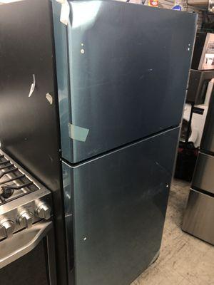 "GE 30"" 17.5 Cu ft Top Freezer Refrigerator for Sale in Philadelphia, PA"