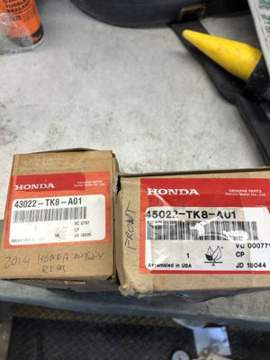 2014 Honda Odyssey brake pads front and rear for Sale in Palm Springs, FL