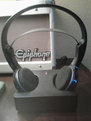 SONY TMR-IF245R WIRELESS IR HEADPHONE SYSTEM for Sale in El Cajon, CA