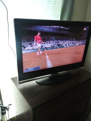32 inch tv fair vizio for Sale in San Angelo, TX