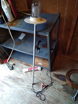 Flounder light excellent condition for Sale in New Bern, NC