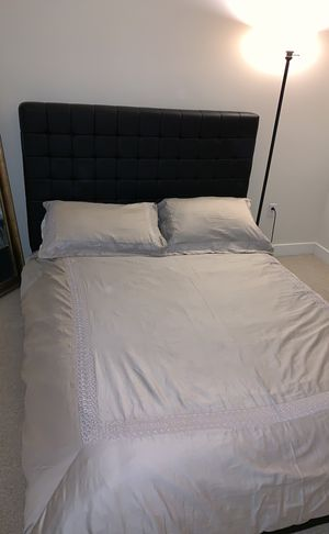 Modern Black Queen Size Bed With Mattress for Sale in Scottsdale, AZ
