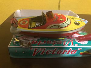 """Victoria tin toy boat has a real boiler to power its engine! This traditional English toy is colorful classic floating """"pop pop"""" toy $20 for Sale in Los Angeles, CA"""
