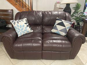 Sofa Brown for Sale in Miami, FL