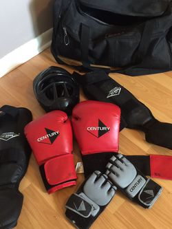 MMA/BOXING/KICKBOXING EQUIPMENT for Sale in Hollywood,  FL