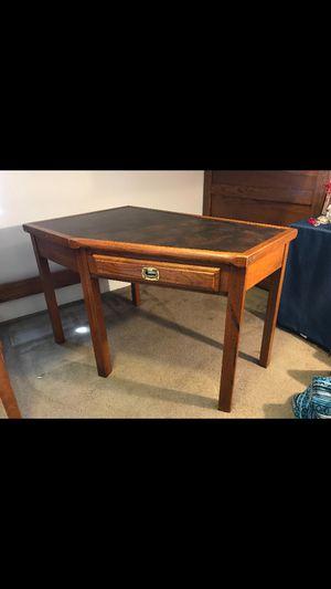 Computer desk for Sale in Fort Wayne, IN