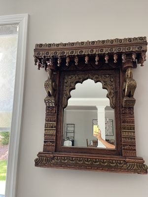 Antique wooden mirror for Sale in Mableton, GA