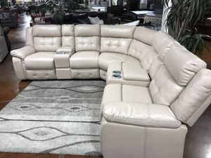 Cream leather Reclining Sectional with LED LIGHTS for Sale in Chicago, IL