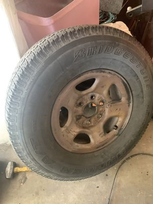Chevy pickup truck Tahoe Escalade steel rim w tire 1 only $20 good cond for Sale in Upland, CA