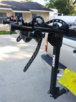 Thule 2 bike rack bicycle Rack firts 2 inch Hitch for Sale in Lakeland, FL