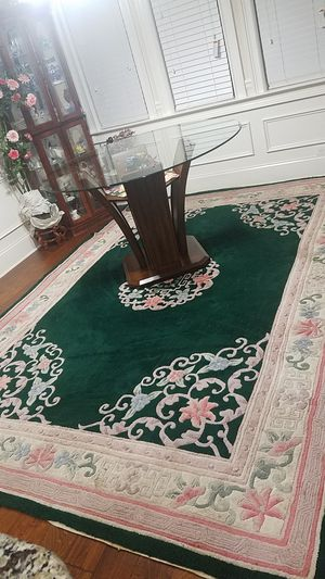 Beautiful two pieces wool rug set, for Sale in Loganville, GA