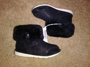 Toddler girls boots for Sale in Buffalo, MN