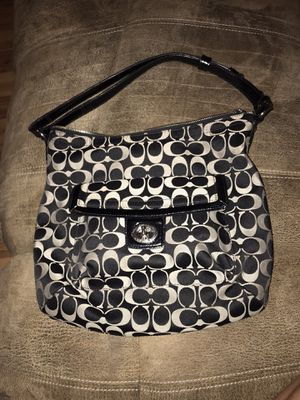 Penelope Signature Coach Body Bag for Sale in Pflugerville, TX
