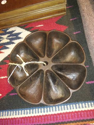 Antique cast iron nail caddie. for Sale in Chico, CA