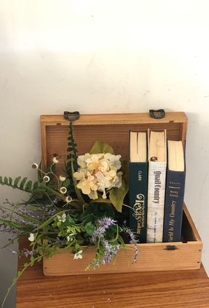Wine crate box floral and retro books for Sale in Houston, TX