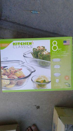 8 piece Kitchen Classics baking set for Sale in Las Vegas, NV
