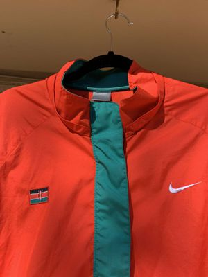 Nike windbreaker for Kenya for Sale in Arlington, TX