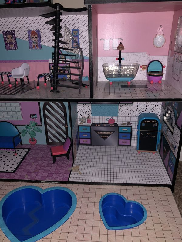 LOL doll house with furniture