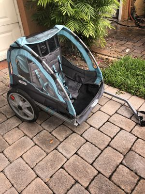 Bike trailer for Sale in Hallandale Beach, FL