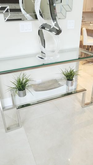 Console table and end table for Sale in Hollywood, FL