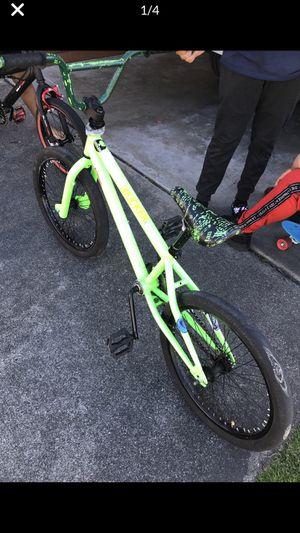 Green Bike for Sale in Auburn, WA