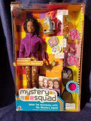 Mystery Squad Shawnee Information Specialist African American 2002 NRFB #54223 ( broken box but is new ) for Sale in Pomona, CA