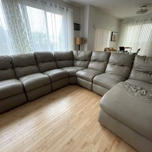 7 Piece Leather Sectional Couch With 5 Reclining Chairs + Chaise for Sale in Kent, WA