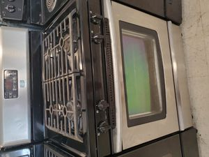 Maytag gas stove in good condition with 90 day's warranty for Sale in Mount Rainier, MD