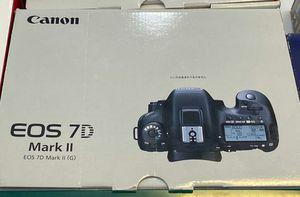 Canon EOS 7D Mark II for Sale in Miami, FL