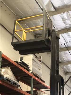 Forklift cages with harness. for Sale in Anaheim, CA